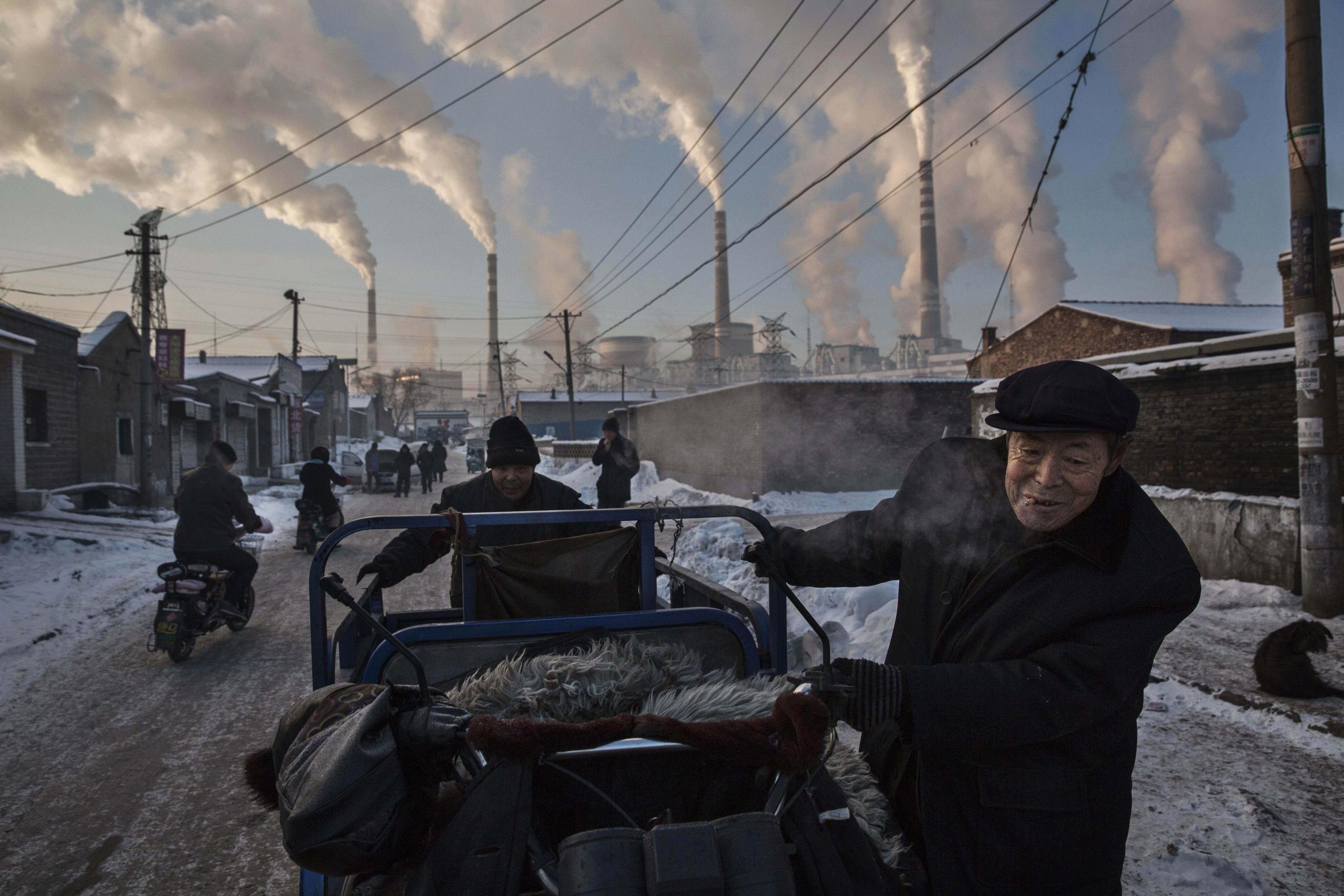 World Press Photo 2016 - Chinas Coal Addiction
